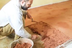 costruzione finitura pavimento Tataki rosso
