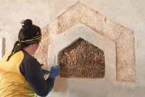 finestra della veritá  paglia + calce e canapa + terra cruda  in costruzione  a Ca'Nora