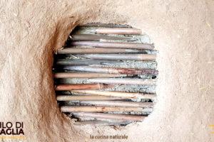 la-cucina-naturale-cob-oven-truth-wndow-bamboo